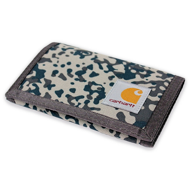 Carhartt Wallet in Camo Stain / Leaf - Profile