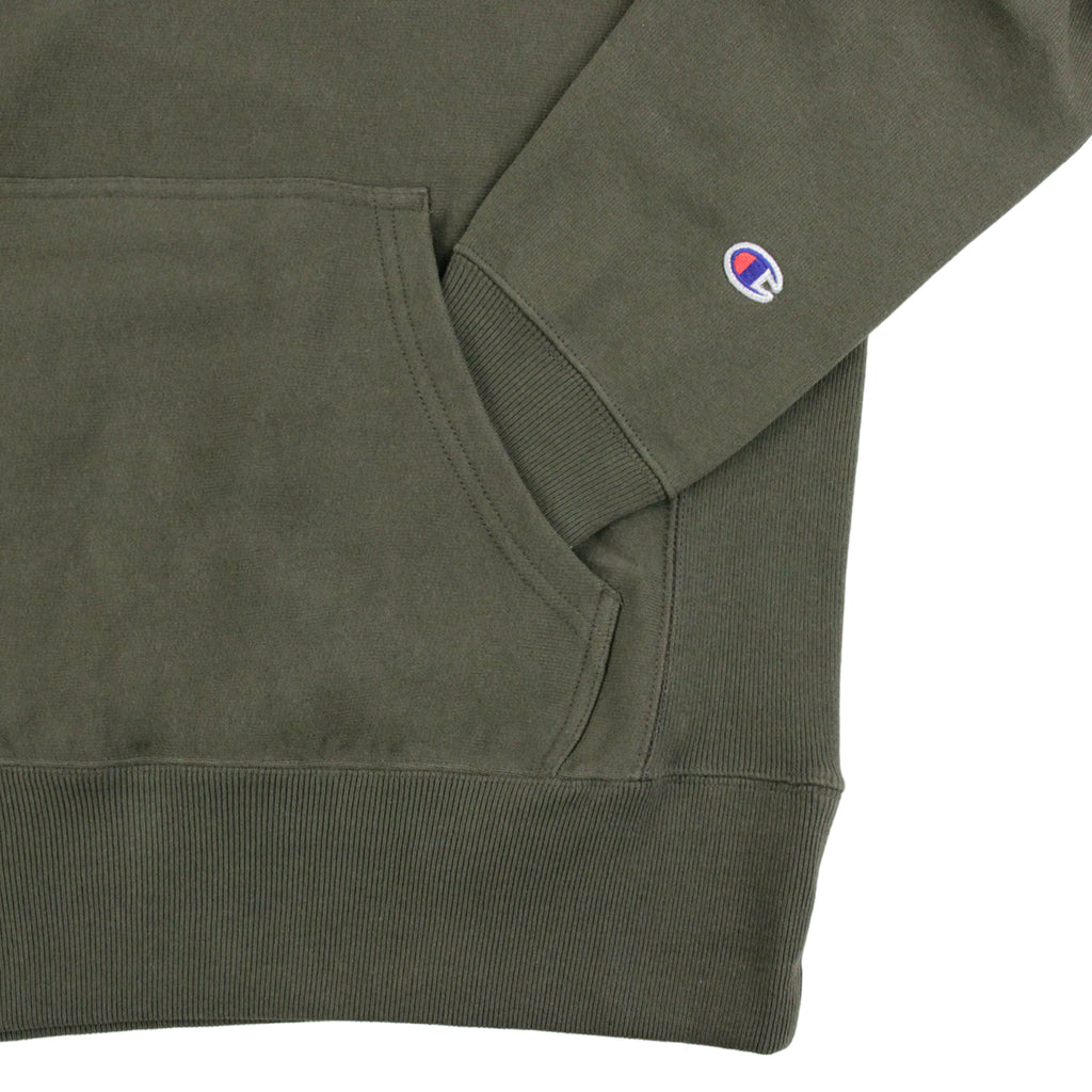 Champion Hooded Sweatshirt in Olive - Pocket