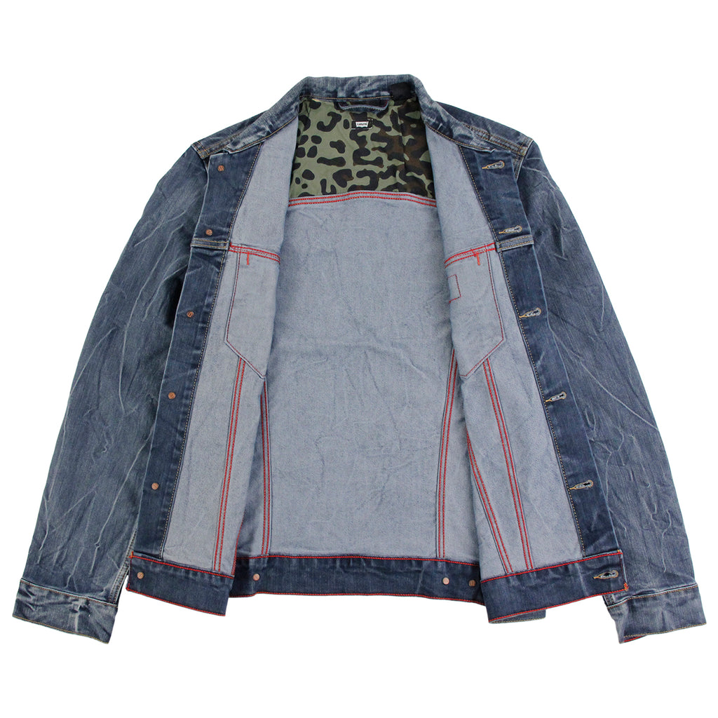 Levis Skateboarding Trucker Jacket in Battery - Open