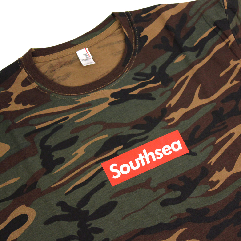 "Bored of Southsea ""Southsea"" T Shirt in Camouflage / Red Box - Detail"