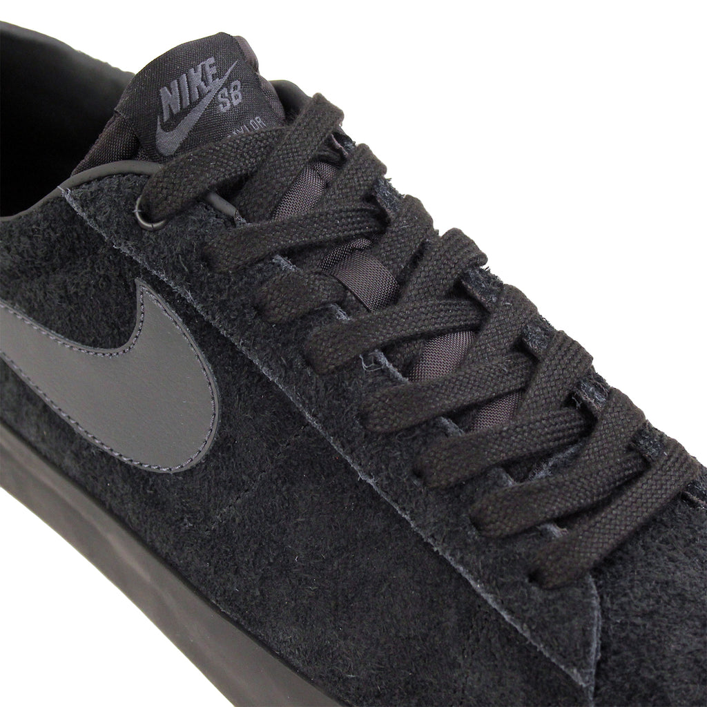 Nike SB Blazer Low Grant Taylor Shoes in Black / Anthracite - Laces