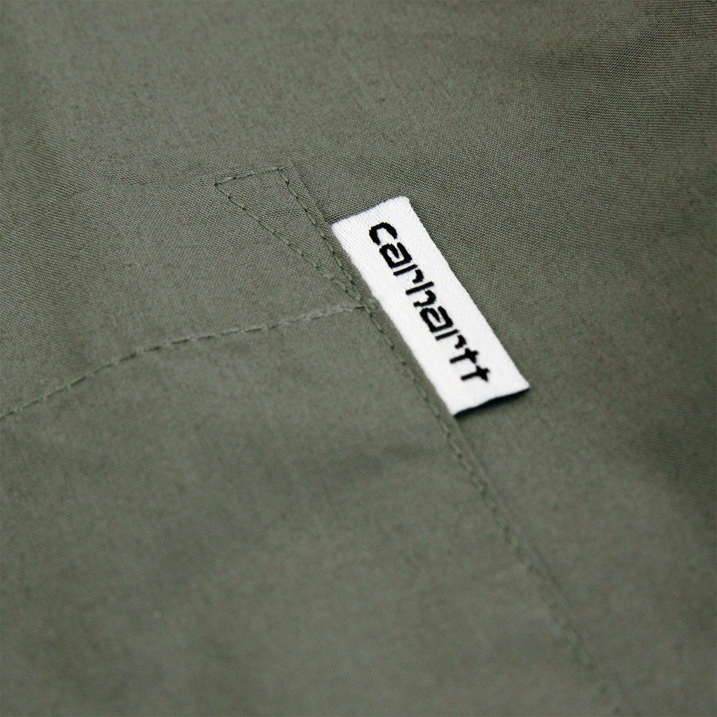 Carhartt S/S Wesley Shirt in Leaf - Flag