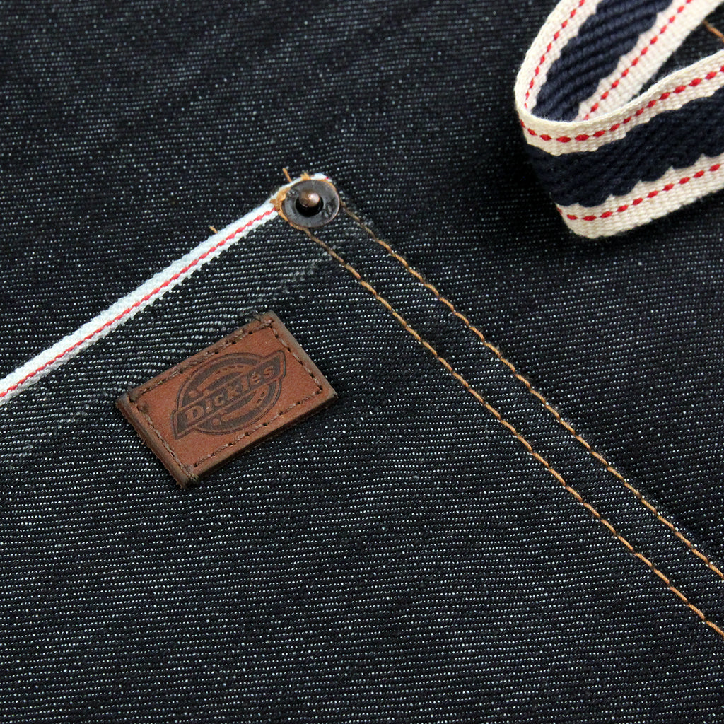 Dickies Apron in Raw - Label