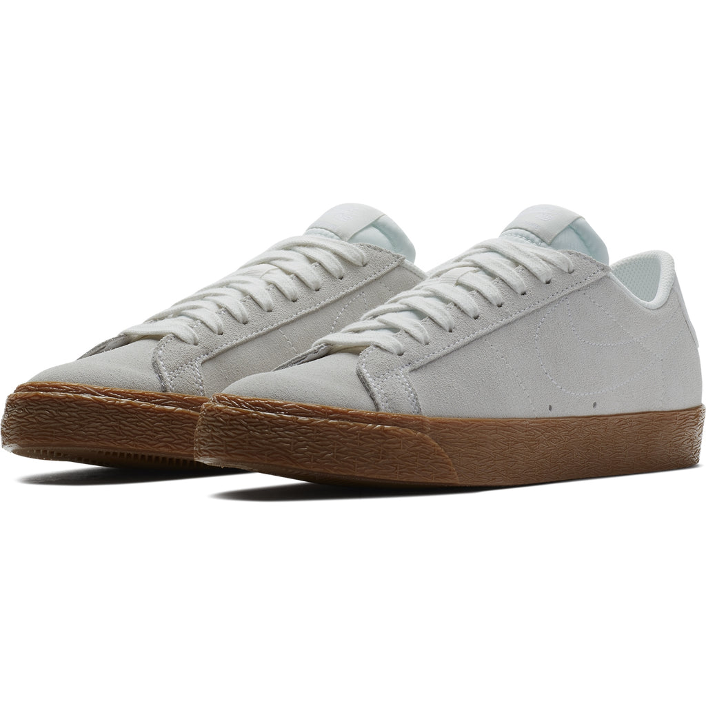 Nike SB Zoom Blazer Low Shoes in Summit White / Summit White / Gum - Pair