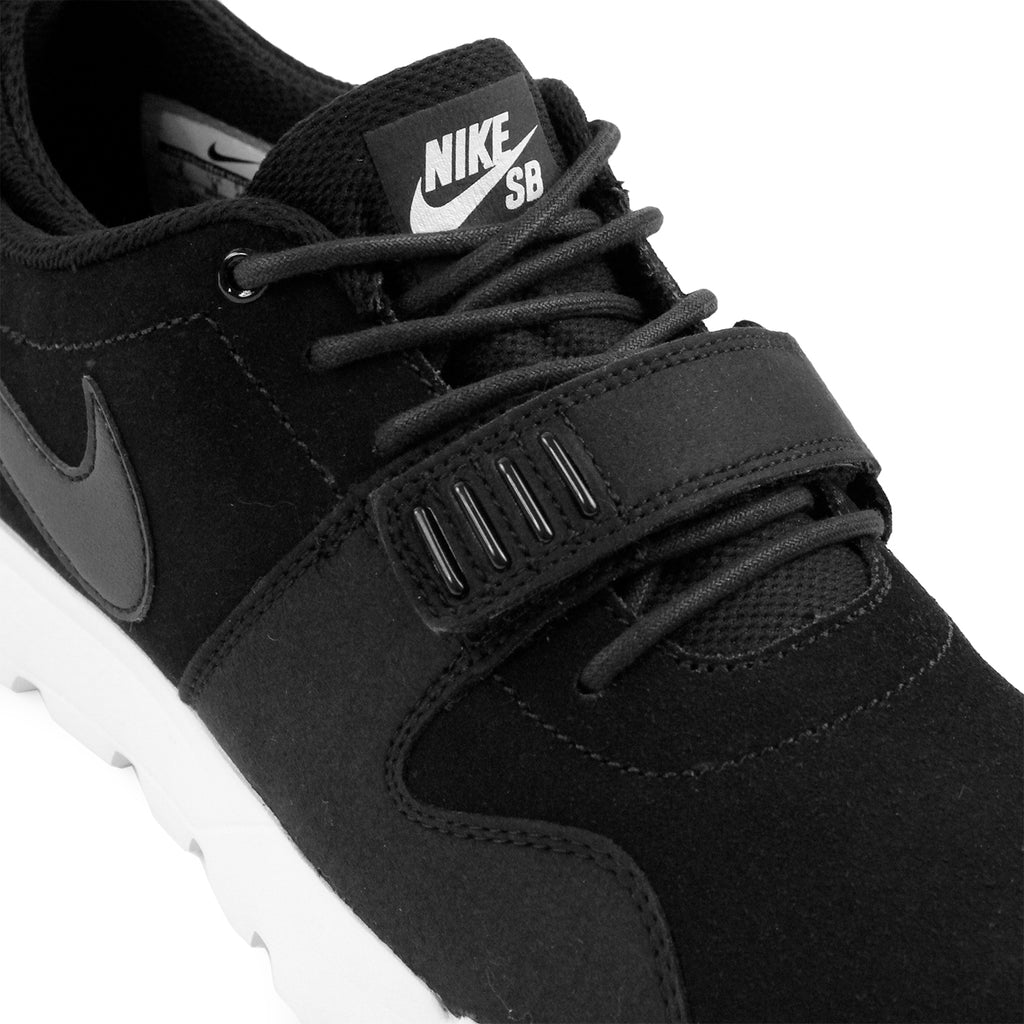 Nike SB Trainerendor L Shoes in Black / Black-White - Laces