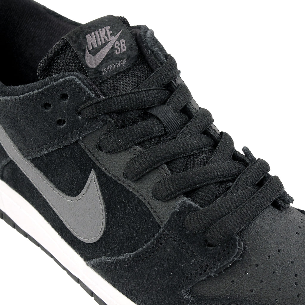 Nike SB Dunk Low Pro Ishod Wair Shoes in Black / Light Graphite / White - Laces