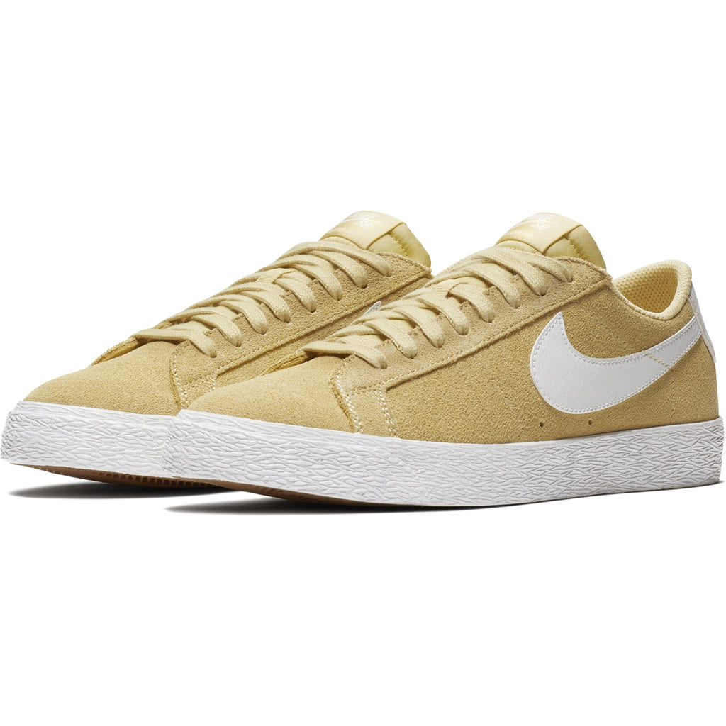 Nike SB Zoom Blazer Low Shoes in Lemon Wash / Summit White - Pair