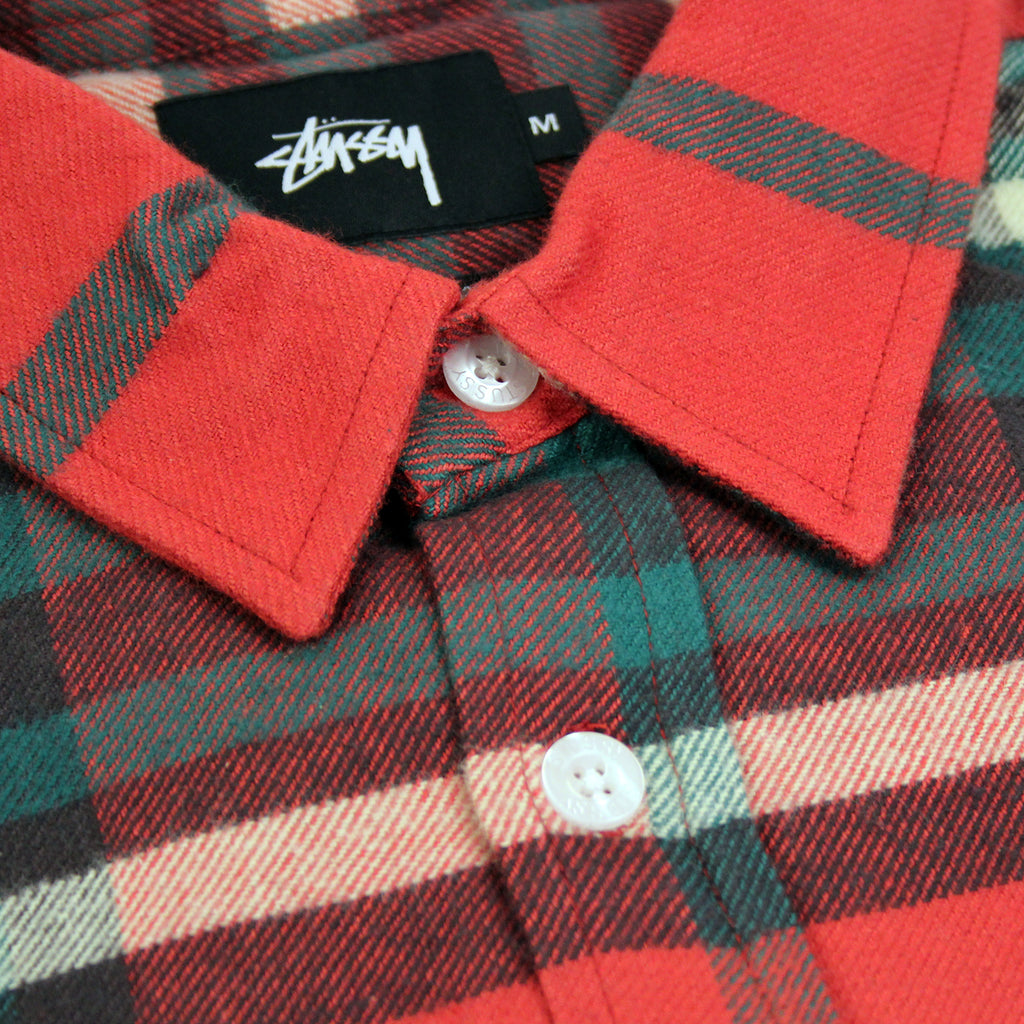 Stussy Big Plaid L/S Shirt in Red - Collar