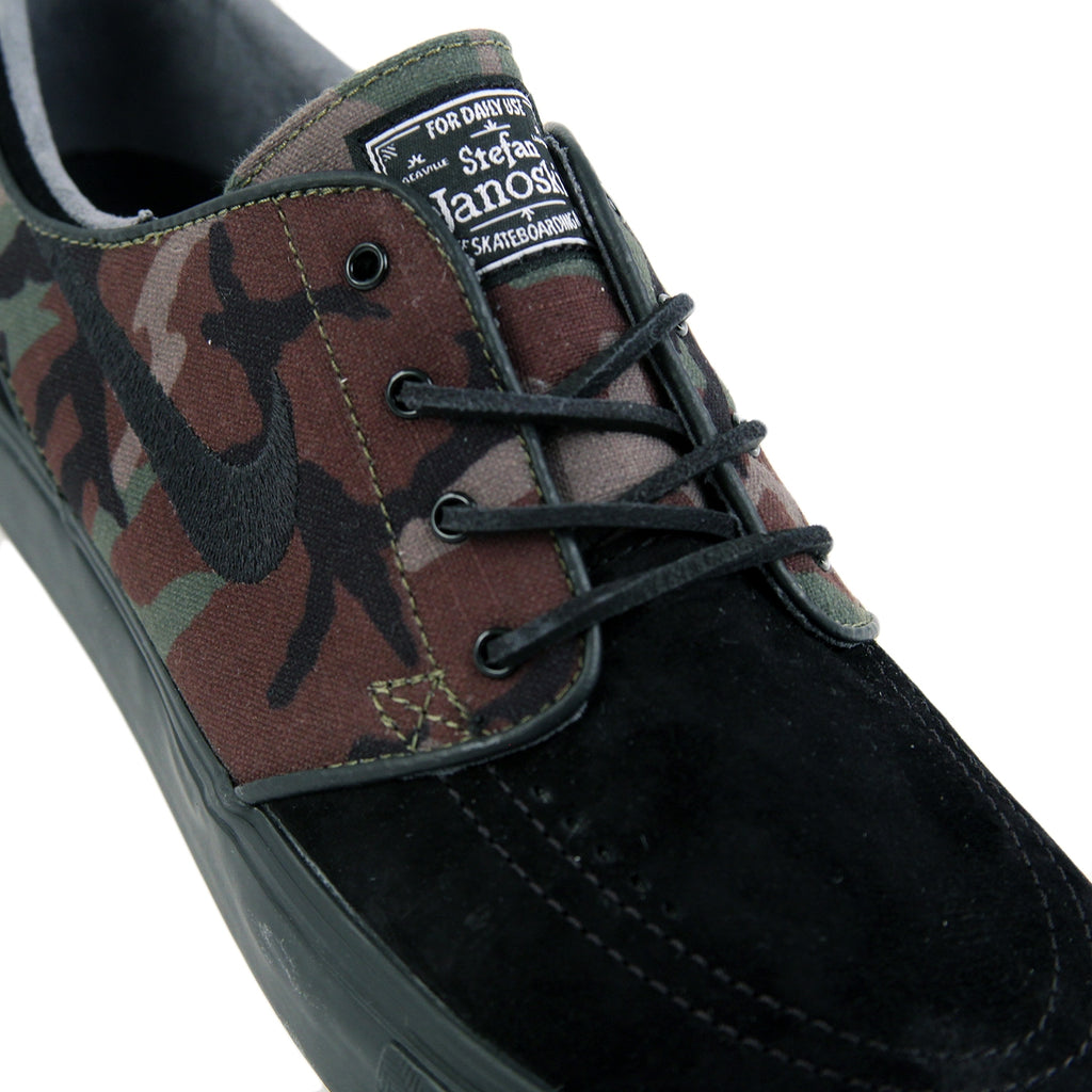 Nike SB Stefan Janoski OG Shoes in Black / Black - Medium Olive - White - Detail