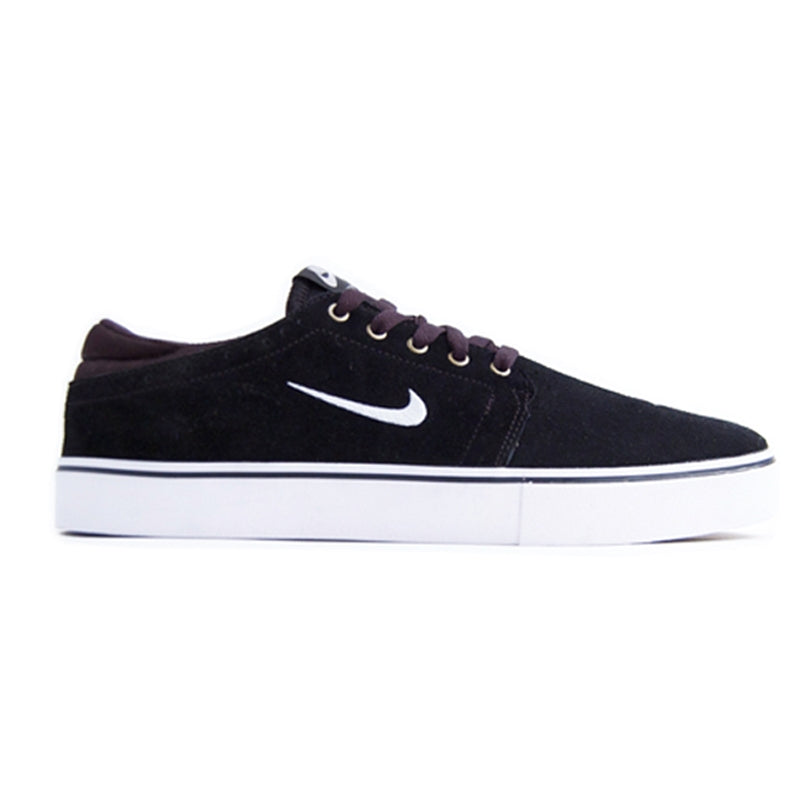 Nike SB Team Edition 2 in Black / Swan / Gum Dark Brown