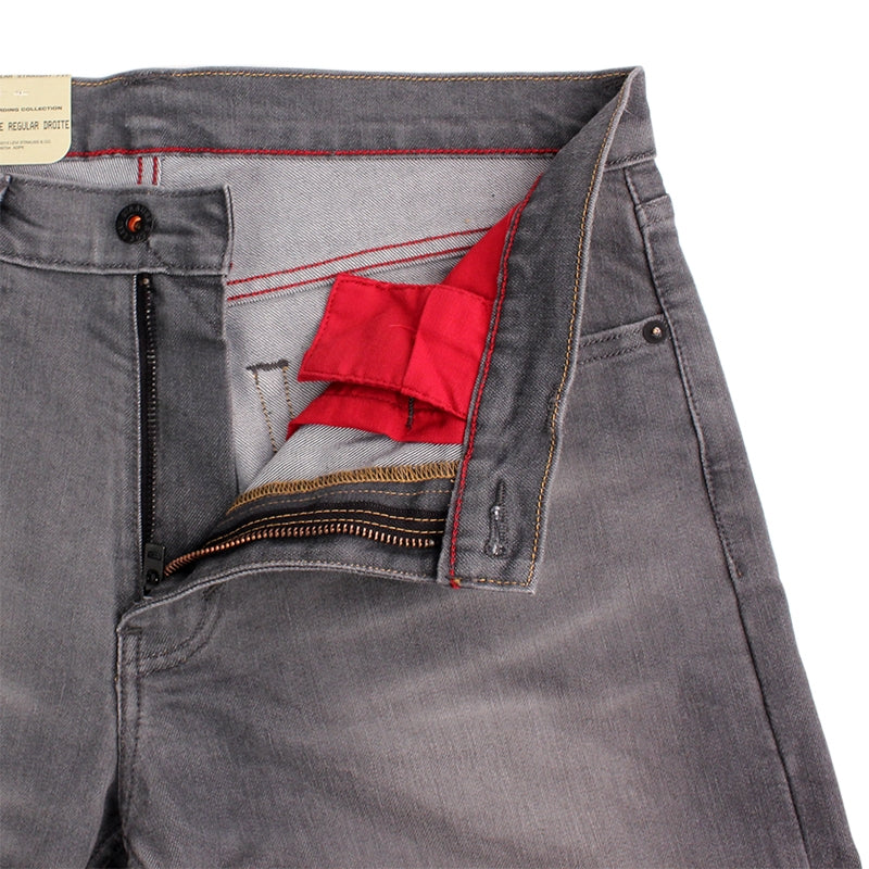 Levi's Skateboarding Collection 504 Straight Jeans in Slappy - Unzipped