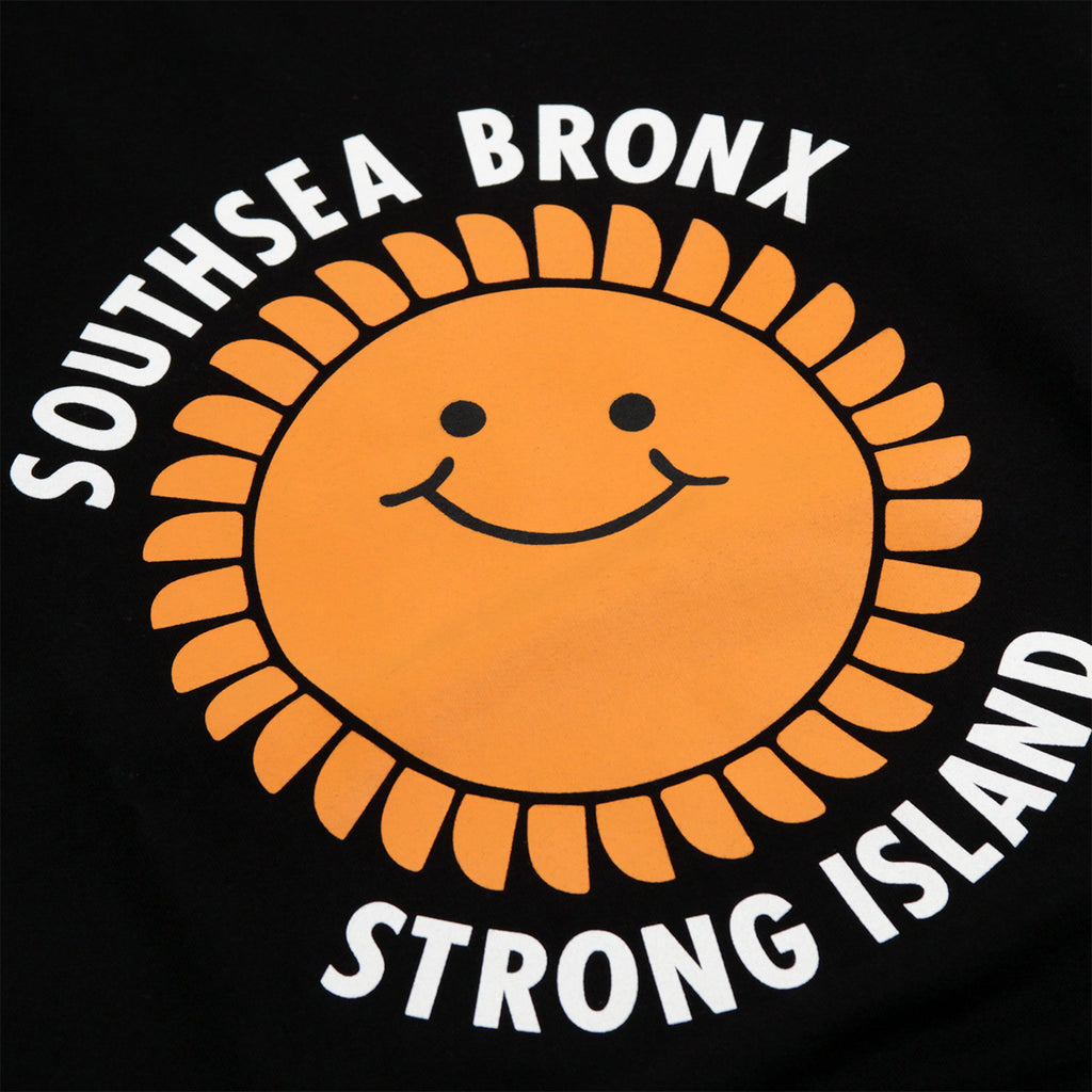 Southsea Bronx Strong Island Sweatshirt in Black - Print
