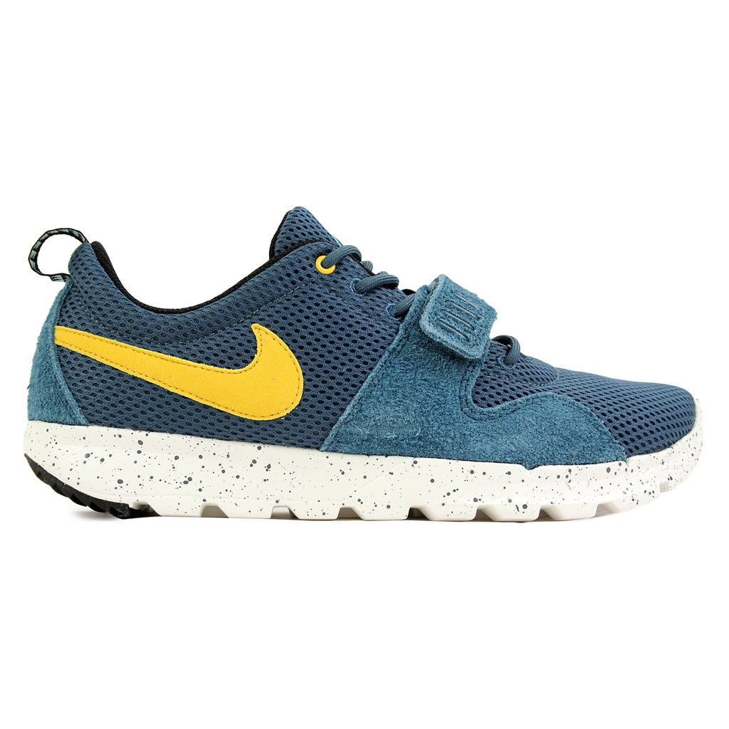 Nike SB Trainerendor SE Shoes in Night Factor / Varsity Maize / Sail