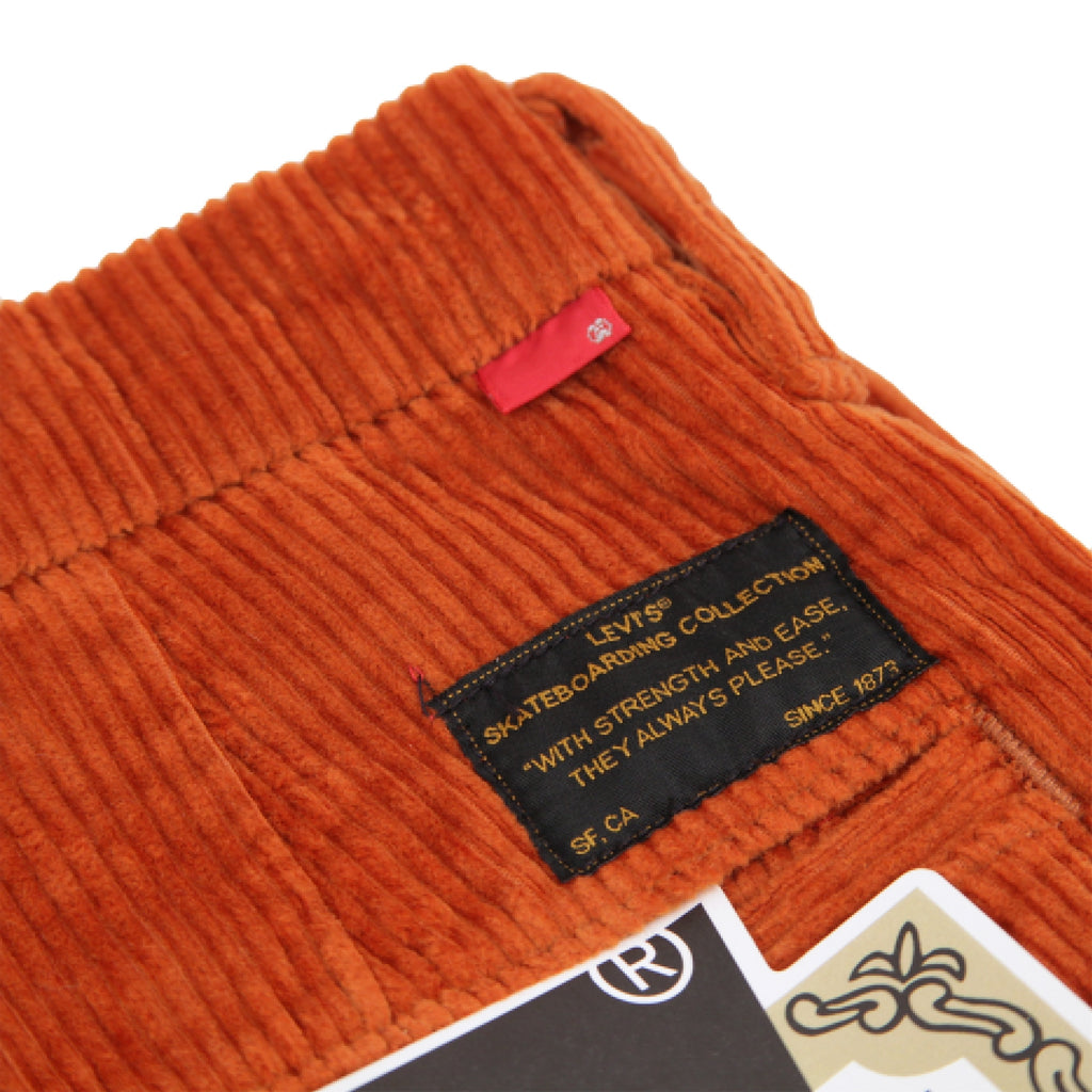 Levis Skateboarding Pleated Trousers in Bombay Brown - Back label