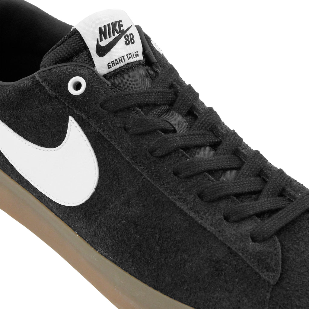 Nike SB Blazer Low Grant Taylor Shoes in Black / White - Metallic Gold - Laces
