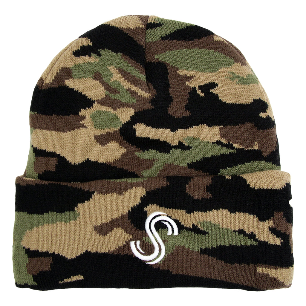 Signature Clothing S Logo Beanie in Camo / White