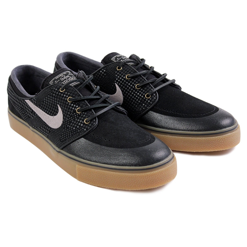 Nike SB Stefan Janoski PR SE Shoes in Black / Medium Gum / Light Brown - Paired
