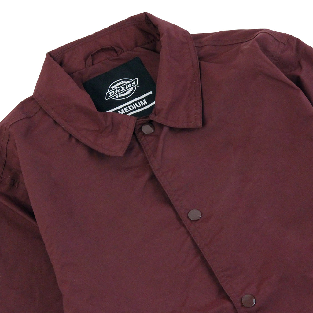 Dickies Torrance Jacket in Maroon - Detail
