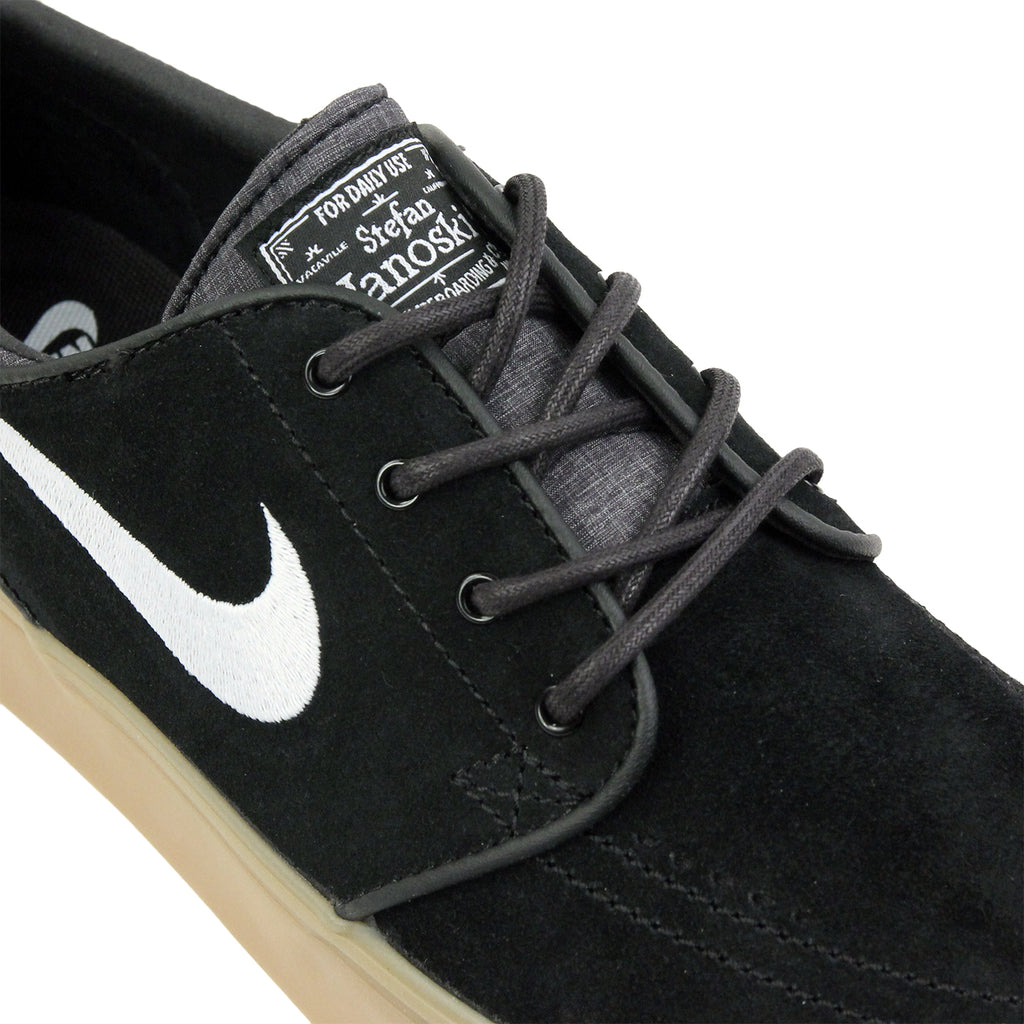 Nike SB Zoom Stefan Janoski Shoes in Black / White-Gum / Light Brown - Detail