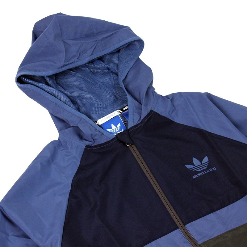Adidas Skateboarding ADV Wind Jacket in Ash Blue/Collegiate Navy - Hood