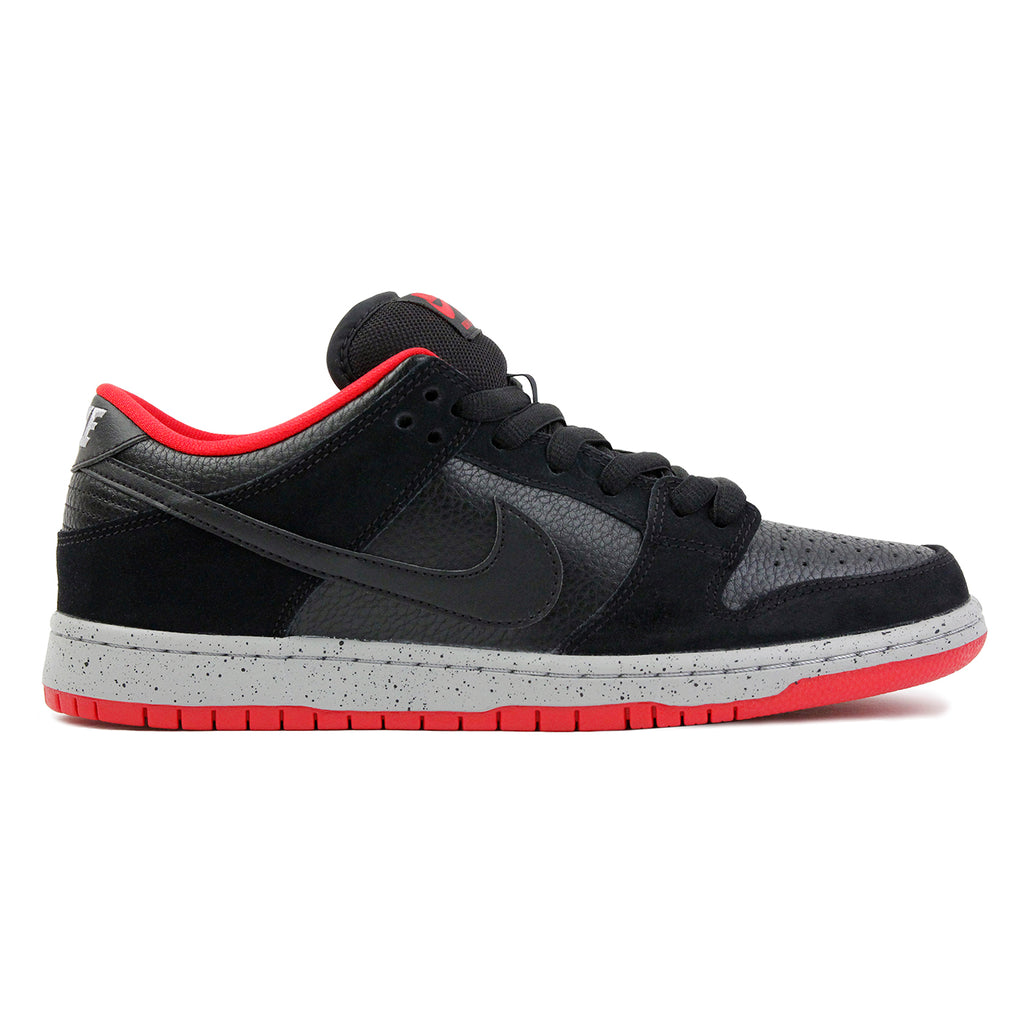 Nike SB Dunk Low Pro Shoes in Black / Black / Wolf Grey / University Red