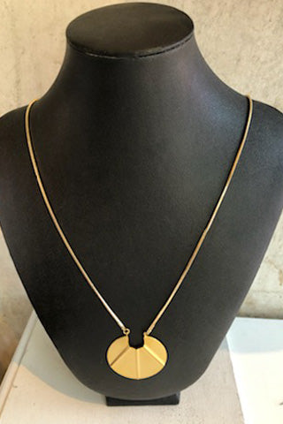 Long gold chain necklace with gold pendant