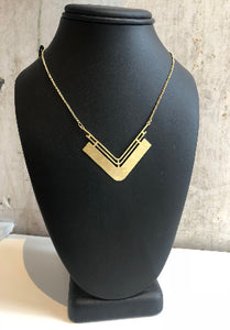 Gold plate V necklace