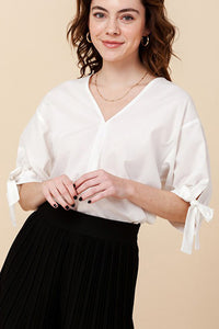 Puff sleeve tie blouse