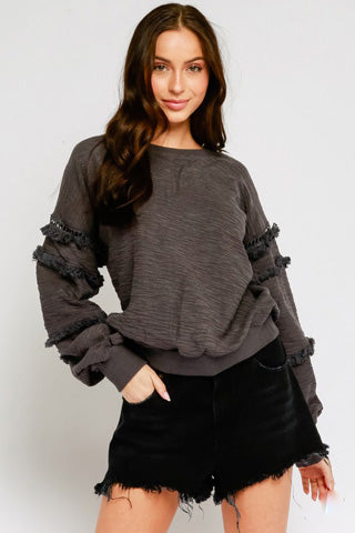 Balloon sleeve sweater with fringe