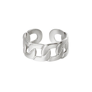 the silver big chain ring