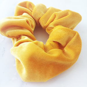 the yellow scrunchie
