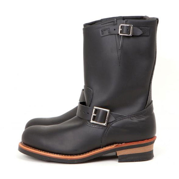 RED WING ENGINEER 2268 BLACK CHROME BOOTS
