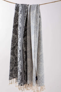 Beach towel grey by Hencely
