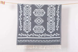 Hencely Aztec Rug Design 100% Cotton Beach Towels - 5 Colors - Hencely