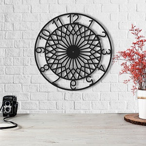 The Dreamcatcher | Metal Wall Clock | Round Hanging Clock - Hencely