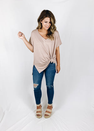 Sloane Everyday Tee - Taupe