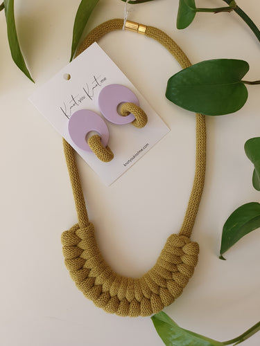 ZOE knot necklace