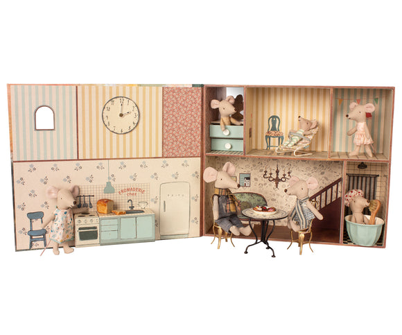 Mouse Book Doll House