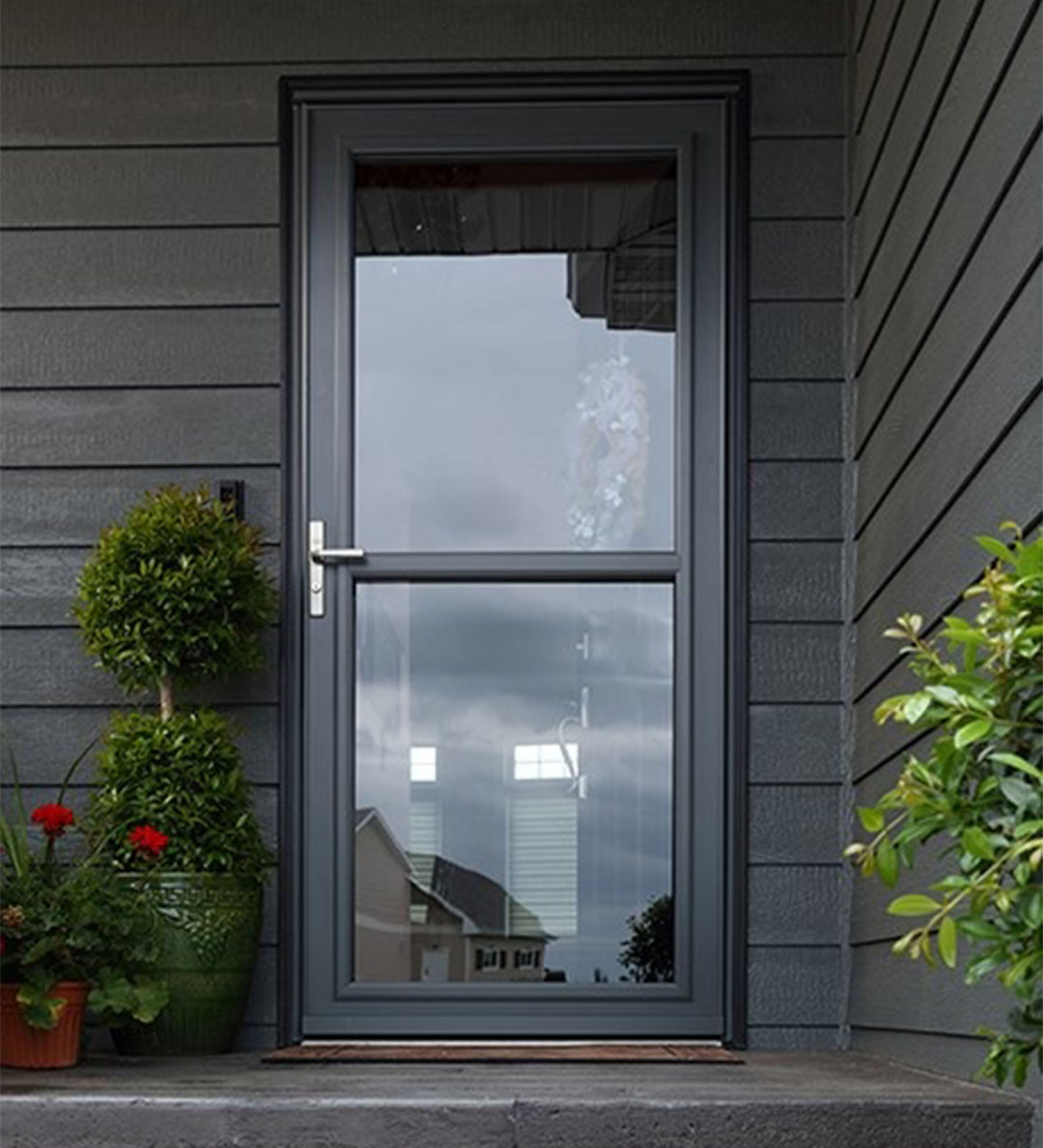 INSTALLED Larson Easy Vent Storm Door w/ Hardware        STARTING $652