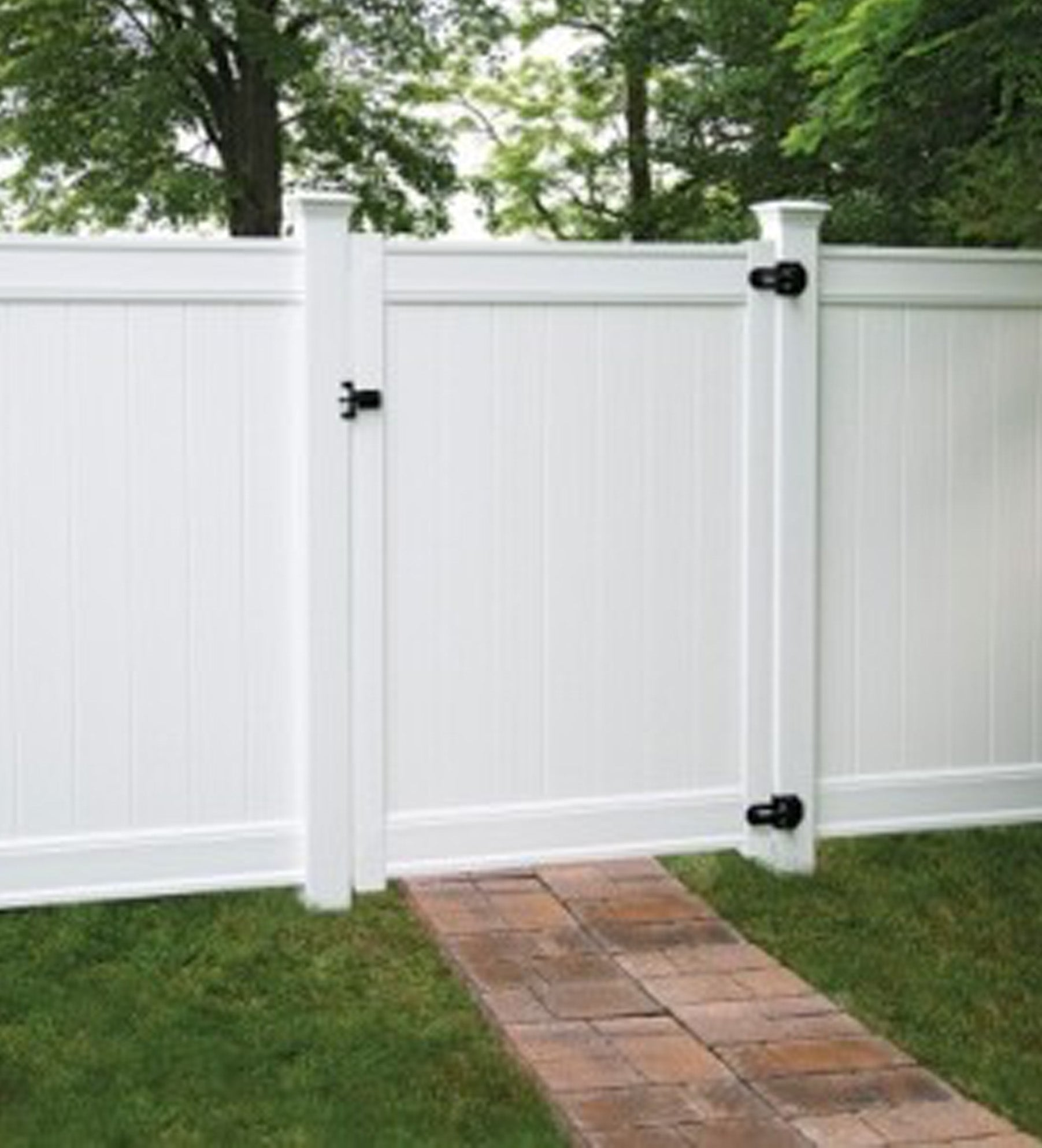 INSTALLED Freedom standard White vinyl gate