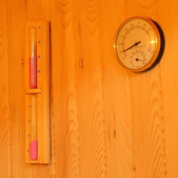 SunRay Westalke Luxury 3 Person Traditional Sauna 300LX Thermometer and Hydrometer View