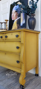 Dixie Belle Chalk Paint - COLONEL MUSTARD