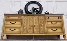Load image into Gallery viewer, Dixie Belle Chalk Paint - COLONEL MUSTARD