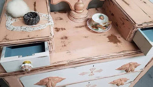 Dixie Belle Chalk Paint - APRICOT