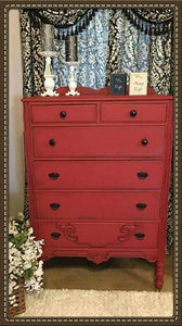 Dixie Belle Chalk Paint - BARN RED