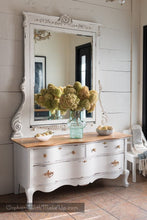Load image into Gallery viewer, Dixie Belle Chalk Paint - COTTON