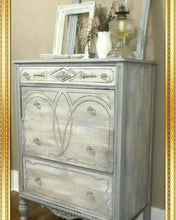 Load image into Gallery viewer, Dixie Belle Chalk Paint - DRIFTWOOD
