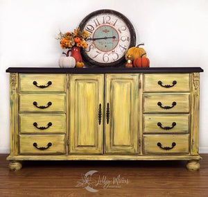 Dixie Belle Chalk Paint - LEMONADE