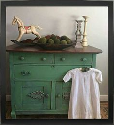 Dixie Belle Chalk Paint - KUDZU