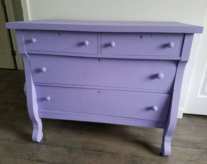 Dixie Belle Chalk Paint - LUCKY LAVENDER